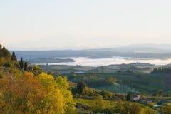 Ένα πρωί Σεπτεμβρίου κοντά στο SAN Gimignano sity Ιταλία Στοκ Εικόνες