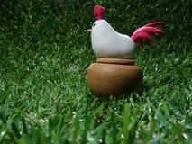 ένα πρότυπο κινούμενων σχεδίων κοτόπουλου σε μια φουσκάλα Στοκ Εικόνα