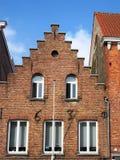 Ένα σπίτι από το 1630 Χαρακτηριστικός για τη μεσαιωνική περπατημένη αρχιτεκτονική της Μπρυζ στοκ εικόνα με δικαίωμα ελεύθερης χρήσης