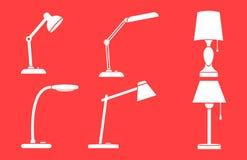 Ένα σύνολο επιτραπέζιων λαμπτήρων Άσπρα εικονίδια σε ένα κόκκινο υπόβαθρο διανυσματική απεικόνιση