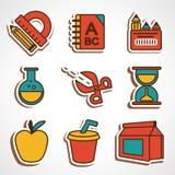 Ένα σύνολο χρωματισμένων σχολικών εικονιδίων διανυσματική απεικόνιση