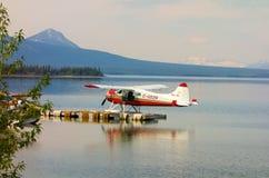 Ένα σώμα-αεροπλάνο καστόρων που χρησιμοποιείται για τους χάρτες στην Αλάσκα Στοκ Εικόνα