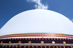 Ένα τμήμα του Ruwanwelisiya Dagoba στο αρχαίο κεφάλαιο Anuradhapura στη Σρι Λάνκα Στοκ εικόνα με δικαίωμα ελεύθερης χρήσης