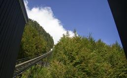 ένα τραίνο καλωδίων στο βουνό Στοκ φωτογραφία με δικαίωμα ελεύθερης χρήσης