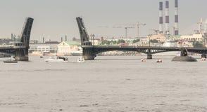 Ένα υποβρύχιο στη Annunciation γέφυρα Στοκ Εικόνα