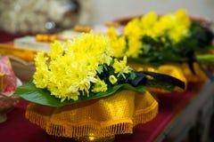 Ένα φέρετρο με ένα λουλούδι Στοκ Φωτογραφία