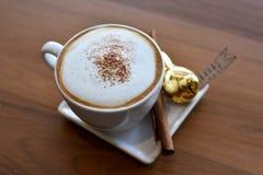 Ένα φλυτζάνι του cappuccino Στοκ Φωτογραφία