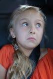 Ένα χαριτωμένο ξανθό κορίτσι Στοκ εικόνα με δικαίωμα ελεύθερης χρήσης