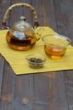 Το κινεζικό τσάι καθορισμένο και Yunnan το χρυσό τσάι Στοκ Εικόνες