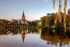 Ένα χωριό από τον ποταμό Στοκ φωτογραφία με δικαίωμα ελεύθερης χρήσης