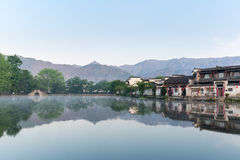 Ένα χωριό στα κινεζικά έργα ζωγραφικής Στοκ Φωτογραφία