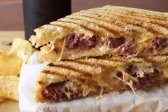 Ένα ψημένο στη σχάρα σάντουιτς panini Στοκ εικόνες με δικαίωμα ελεύθερης χρήσης