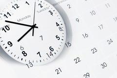 'Ένδειξη ώρασ' και ημερολόγιο στοκ φωτογραφία με δικαίωμα ελεύθερης χρήσης