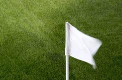 Έννοια αθλητισμού και παιχνιδιών - κλείστε επάνω της γωνίας αγωνιστικών χώρων ποδοσφαίρου με στοκ φωτογραφία