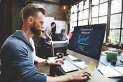 Έννοια ανάλυσης αύξησης μετρητών χρημάτων οικονομικής θέσης Στοκ Φωτογραφία