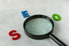 Έννοια βελτιστοποίησης μηχανών αναζήτησης ως σύντμηση SEO αλφάβητου Στοκ Εικόνες