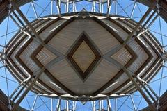 Έννοια για μια μέταλλο-ξύλινη δομή Στοκ Φωτογραφία