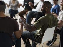 Έννοια γραφείων σεμιναρίου συνεδρίασης των ανθρώπων Στοκ φωτογραφία με δικαίωμα ελεύθερης χρήσης