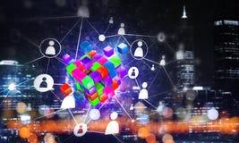 Έννοια Διαδικτύου και της δικτύωσης με τον ψηφιακό αριθμό κύβων για το σκοτεινό υπόβαθρο Στοκ Εικόνες