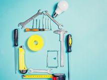 Έννοια εγχώριας βελτίωσης Καθορισμένο εργαλείο χειρός εργασίας για την κατασκευή ή την επισκευή του σπιτιού Στοκ φωτογραφία με δικαίωμα ελεύθερης χρήσης