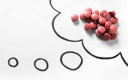 Έννοια εθισμού στα ναρκωτικά ή σωστή φαρμάκων προβλήματος ή να αναρωτηθεί στοκ εικόνα με δικαίωμα ελεύθερης χρήσης