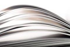 Έννοια εκπαίδευσης και φρόνησης - μακρο άποψη των σελίδων βιβλίων Στοκ Φωτογραφίες