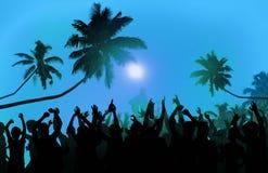 Έννοια ενθουσιασμού εκτελεστών κόμματος παραλιών φεστιβάλ θερινής μουσικής στοκ φωτογραφίες με δικαίωμα ελεύθερης χρήσης