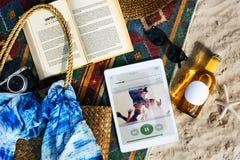 Έννοια εξερεύνησης ταξιδιών διακοπών καλοκαιρινών διακοπών παραλιών Στοκ εικόνες με δικαίωμα ελεύθερης χρήσης