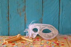 Έννοια εορτασμού Purim (εβραϊκές διακοπές καρναβαλιού) Εκλεκτική εστίαση που φιλτράρεται τρύγος και που τονίζεται Στοκ εικόνες με δικαίωμα ελεύθερης χρήσης