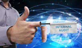 Έννοια επιχειρήσεων, τεχνολογίας, Διαδικτύου και δικτύων νεολαίες επιχειρηματιώ&n Στοκ Εικόνες