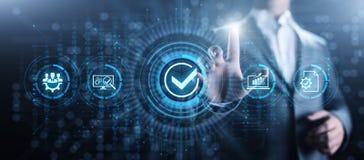 Έννοια επιχειρησιακής τεχνολογίας ελέγχου διαβεβαίωσης ποιοτικών προτύπων ISO στοκ εικόνα με δικαίωμα ελεύθερης χρήσης