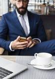 Έννοια εργασίας επιχειρησιακών προσώπων στο εσωτερικό στοκ εικόνα με δικαίωμα ελεύθερης χρήσης