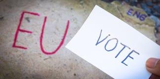 Έννοια δημοψηφισμάτων της βρετανικής ΕΕ Brexit με τα Η.Ε λέξης και Eng και ψηφοφορία για τον τοίχο πετρών στοκ φωτογραφίες