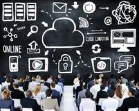 Έννοια διασκέψεων σεμιναρίου υπολογισμού σύννεφων επιχειρηματιών Στοκ Εικόνες