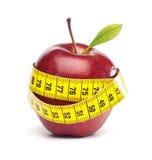 Apple με το μέτρο ταινιών - έννοια διατροφής Στοκ φωτογραφία με δικαίωμα ελεύθερης χρήσης