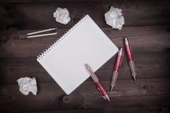 Έννοια ιδέας με το σημειωματάριο Στοκ φωτογραφία με δικαίωμα ελεύθερης χρήσης