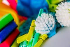 Έννοια καθαρισμού στο διαποτισμένο φωτεινό υπόβαθρο Στοκ Φωτογραφία
