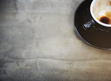 Έννοια καφέδων κινηματογραφήσεων σε πρώτο πλάνο κουπών φλυτζανιών καφέ Στοκ φωτογραφία με δικαίωμα ελεύθερης χρήσης