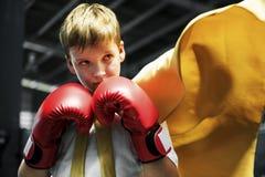 Έννοια μαχητών δύναμης αγοριών μπόξερ πρωτοπόρων Superhero Στοκ Εικόνα