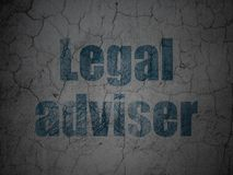Έννοια νόμου: Νομικός σύμβουλος στο υπόβαθρο τοίχων grunge απεικόνιση αποθεμάτων