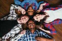 Έννοια παγκόσμιας ενότητας και ισότητας φυλών Στοκ Εικόνες