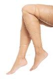 Έννοια πόνου ποδιών - πόδια που δένονται με το σχοινί Στοκ Φωτογραφίες