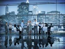 Έννοια σεμιναρίου συνεδρίασης της ομαδικής εργασίας συναδέλφων επιχειρηματιών Στοκ εικόνα με δικαίωμα ελεύθερης χρήσης