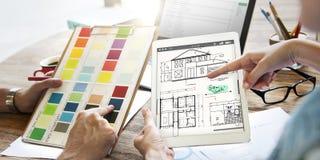 Έννοια σκίτσων κατασκευαστικού προγράμματος αρχιτεκτόνων σχεδιαγραμμάτων στοκ εικόνα με δικαίωμα ελεύθερης χρήσης