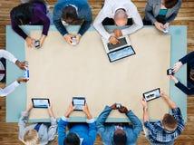 Έννοια στρατηγικής συνεδρίασης Συμβουλίου προγραμματισμού επιχειρησιακής ομάδας ποικιλομορφίας Στοκ Εικόνες