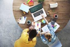 Έννοια συζήτησης 'brainstorming' συνεδρίασης της ομάδας σχεδίου Στοκ Εικόνα