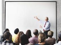 Έννοια συνεδρίασης του ακούσματος σεμιναρίου επιχειρησιακής ομάδας στοκ εικόνες