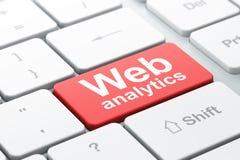 Έννοια σχεδίου Ιστού: Ιστός Analytics στο υπόβαθρο πληκτρολογίων υπολογιστών Στοκ εικόνα με δικαίωμα ελεύθερης χρήσης