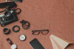 Έννοια ταξιδιού - σύνολο δροσερής ουσίας ατόμων φωτογραφίας Στοκ Φωτογραφία