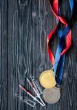 Έννοια της νάρκωσης στον αθλητισμό - τοπ άποψη μεταλλίων στέρησης Στοκ εικόνες με δικαίωμα ελεύθερης χρήσης